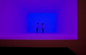 James Turrell. Ganzfeld APANI, 2011. Approx. 2000 × 1120 ×660 cm. Courtesy Häusler Contemporary Munich / Zurich. Photo: Francesco Galli Courtesy: la Biennale di Venezia