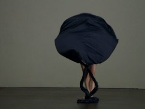 Isabelle Schad / Laurent Goldring, Der Bau, 10. Festival Internazionale di Danza Contemporanea, Venezia 2016. Credits Laurent Goldring