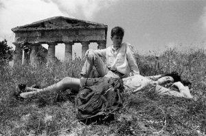 Letizia Battaglia, Il Tempio di Segesta, 1986 © Letizia Battaglia - Casa dei Tre Oci, Venezia