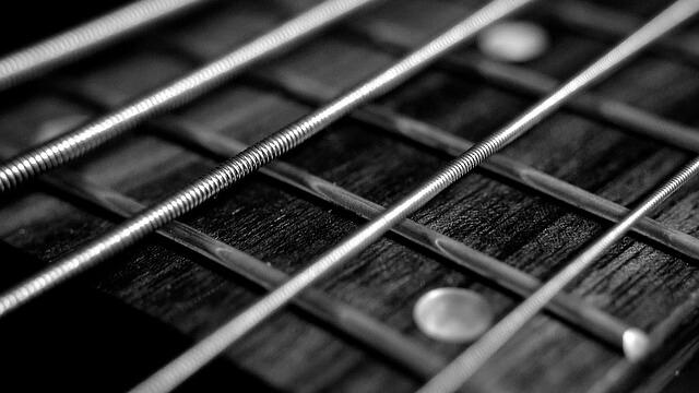 Strike a chord の意味 |使い方 | ArtisanEnglish.jp | ネイティブの英語 ...