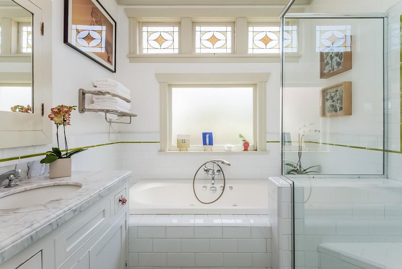 028-Master_Bathroom-1096034-mls