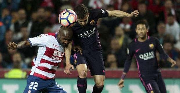 Paco Alcacer Tampil Oke, Pelatih Barcelona Beri Pujian