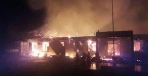 Kebakaran Melanda Polres Dharmasraya, 2 Orang Diduga Teroris Pembawa Panah Ditembak Mati