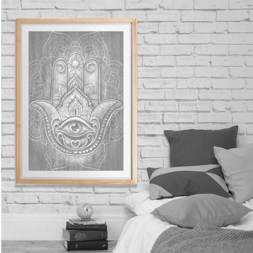 Hamsa-Hand-Print-Stone