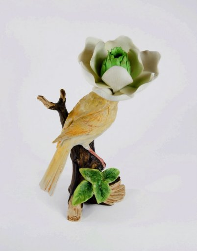 Debra Broz began falling in love with small, unusual things while growing up in rural central Missouri. Discover her whimsical, unusual ceramic pieces here.