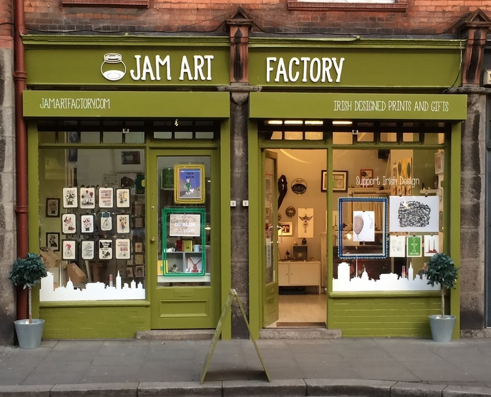 I stumbled upon this amazing little store during my travels to Dublin. Learn about the Irish art scene and advice to artists wishing to promote their art.