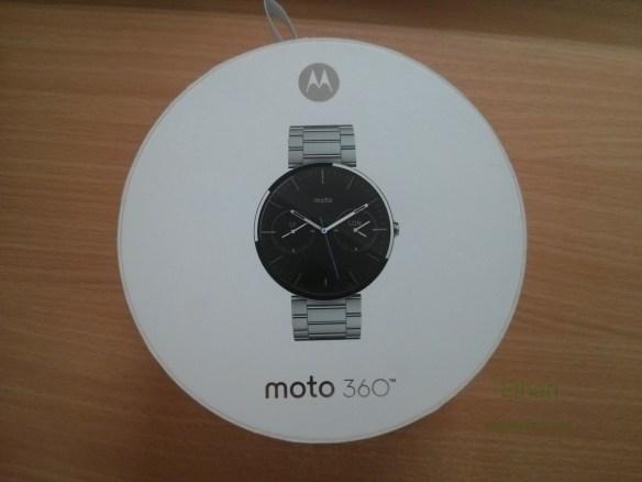 กล่อง Moto 360 ด้านบน