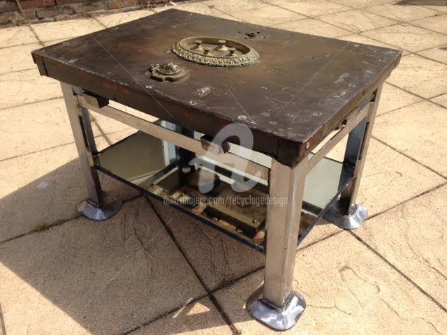 arty 206 table basse coffre fort design 44x65x46 cm c 2017 par recyclage design
