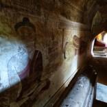 Bagan - Intérieur d'un temple
