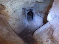 Htat Eain cave