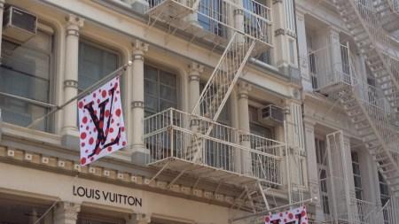 Yayoi Kusama Pops Up Louis Vuitton