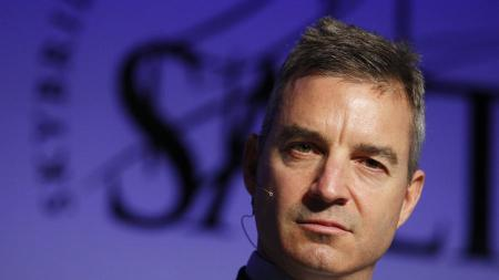 Sotheby's Shareholder Attacks CEO, Calls Resignation