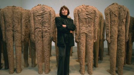 Magdalena Abakanowicz, Whose Poetic Sculptures Wrestle