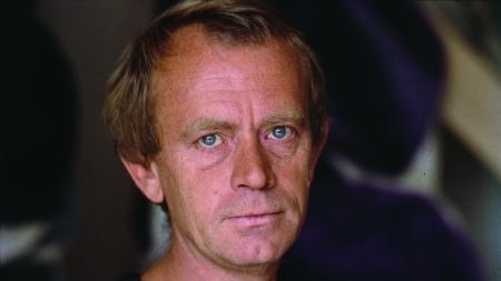 Simon Hantaï.