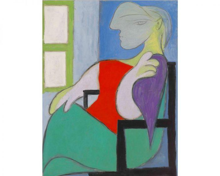 Pablo Picasso, 'Femme assise près d'une