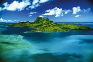 Bora Bora,The Most Beautiful Island in the World, Beach, Island, Tahiti, ArtofAdventure.Net