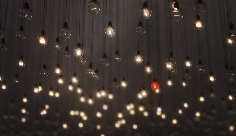 Bulbs art installation