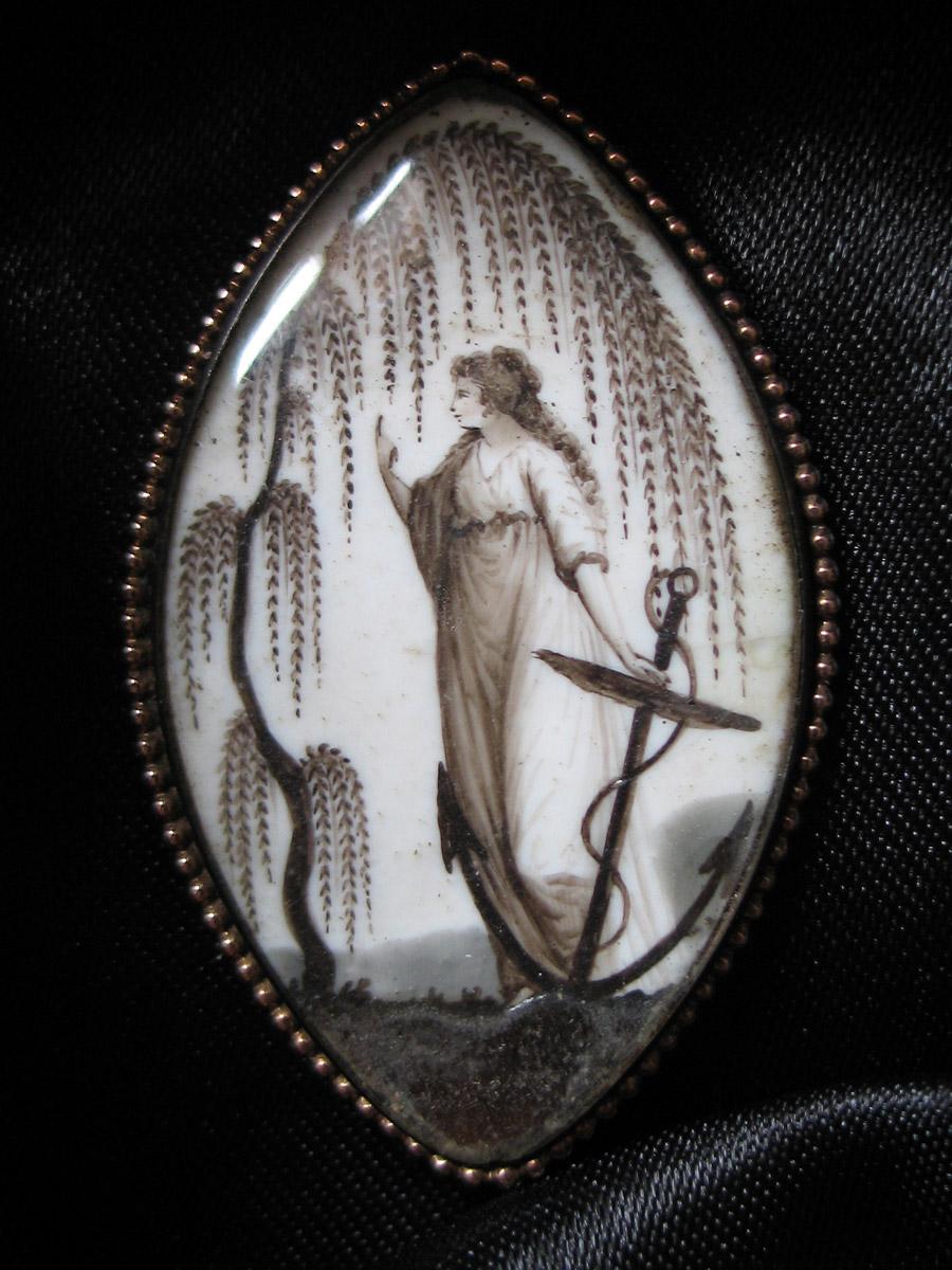 Faith jewellery sepia