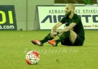 Greek football players in touching sit-down protest in support of refugees (Jan 2016)