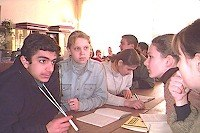 students_discuss