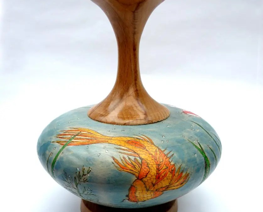 Koi Pond Vase – Lime and Beech Wood