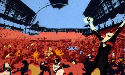 Lo stile hippy che abbraccia il pubblico nella cover di Surrender