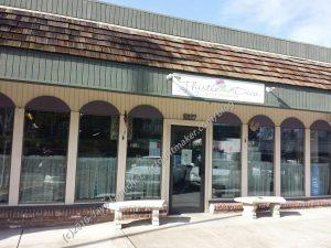 Thistle Dew Quilt Shop - outside