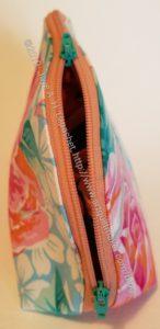 Zipper Pouch from Angela- zipper pull detail