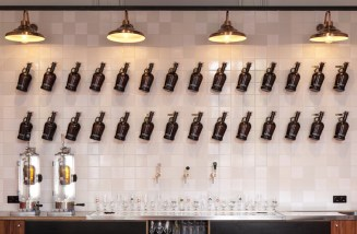 hoppa-beer-bar-and-brewery-in-amsterdam-by-concrete-7