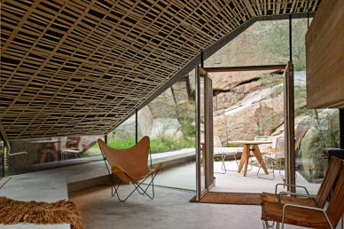contemporary-cabin_010216_14-800x533