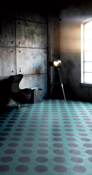 Carreaux de ciment Dot, design India Mahdavi pour Bisazza (2015).
