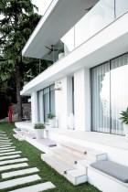 Riviera - Casa - White - Garden - Window