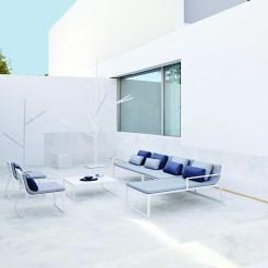 Ensemble de la collection BlAU Design : Fran Silvestre pour Gandia Blasco www.gandiablasco.com
