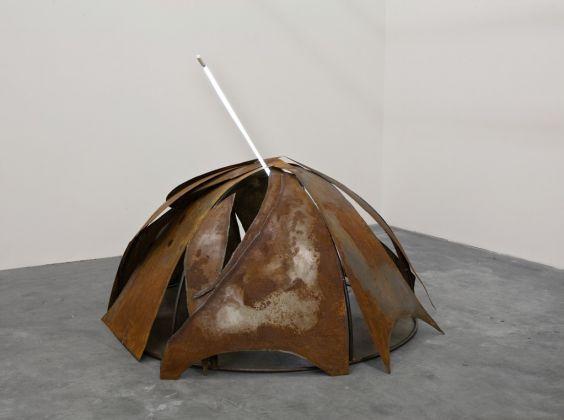 Mario Merz, Igloo, 1984-92. © 2017 Artists Rights Society (ARS), New York - SIAE, Rome. Courtesy Kunstmuseum Basel and Sammlung Goetz, München. Photo Wilfried Petzi, Munich