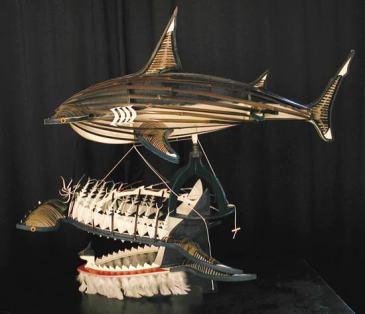 Ken THAIDAY Snr_Coiffe cérémonielle à motifs de requin_Détroit de Torres
