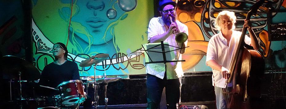 Tani Tabbal Trio