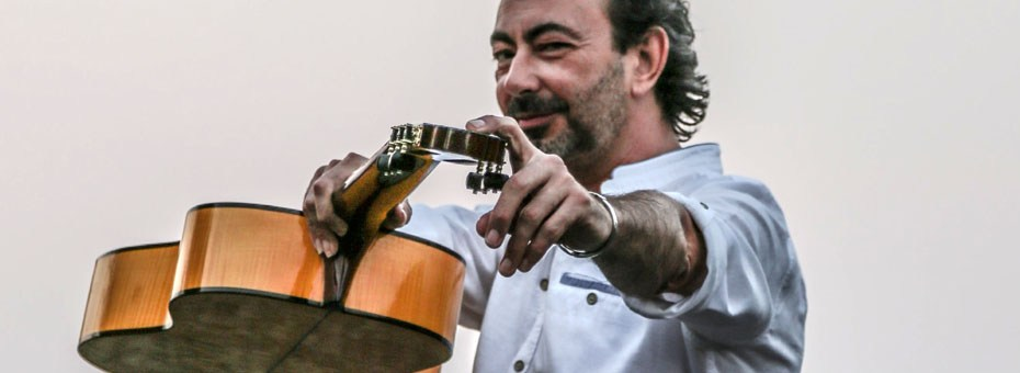 MUSIC | One of Spain's leading flamenco guitarists, Córdoba's award-winning José Antonio Rodríguez brings his Flamenco Trio to Corazón Performing Arts.