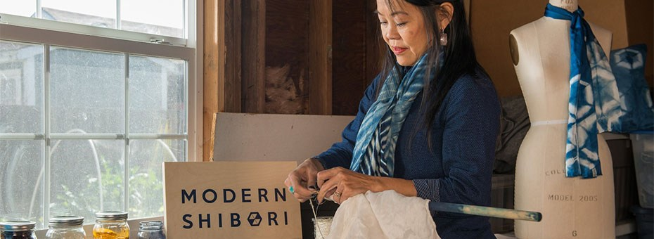 VISUAL | Stretch your creativity at this hands-on shibori workshop with textile artist Jenny Fong.