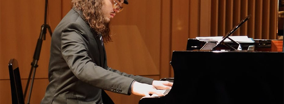 "MUSIC | Award-winning jazz pianist, composer and accordionist Ben Rosenblum has been described as ""mature beyond his years,"" (Jon Neudorf, Sea of Tranquility), and as an ""impressive talent"" (C. Michael Bailey, All About Jazz), who ""caresses [the music] with the reverence it merits"" (Bob Doerschuk, Downbeat Magazine)."