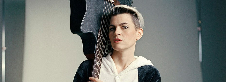 "MUSIC | Hailed by Rolling Stone as ""a genre unto herself,"" Brooklyn-based composer and guitarist Kaki King presents an evening of her own compositions."