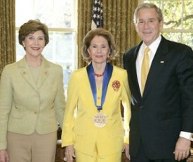 Cyd_Charisse_2006_National_Medal_of_Arts