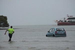 gps-car-disaster-2