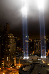 tribute_in_light_from_one_exchange_plaza_september_11_2009