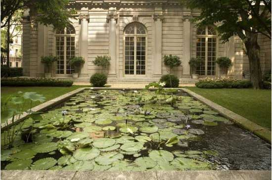 Russell Page's 1977 garden at the Frick