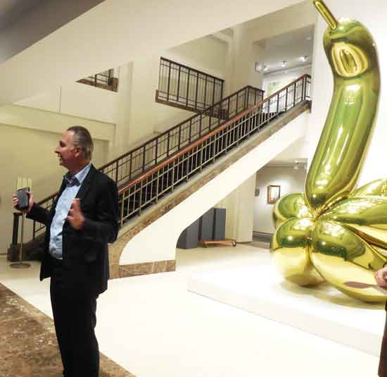 Brett Gorvy, about to be attacked by a Jeff Koons Photo by Lee Rosenbaum