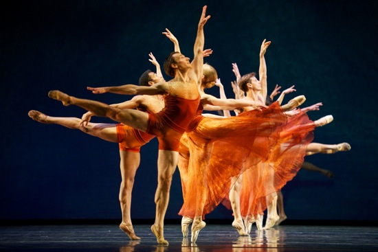 Members of the San Francisco Ballet in Edwaard Liang's Symphonic Dances. Photo: Erik Tomasson