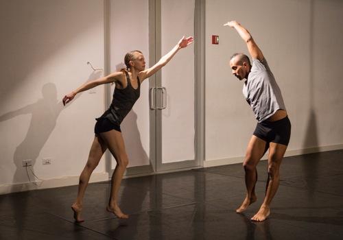 Joanna Kotze and Marc Mann battle across distances in Kimberly Bartosik's You are my heat and glare. Photo: Yi-Chun Wu