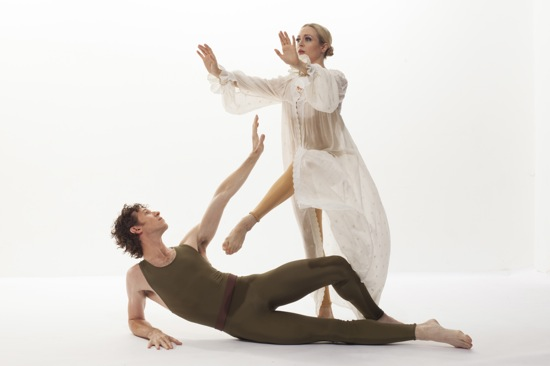 Sean Mahoney and Jamie Rae Walker in Paul Taylor's American Dreamer. Photo: Tom Caravaglia