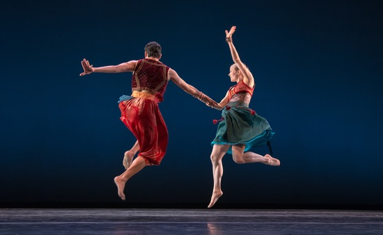 Daniel Fetecua Soto and Elise Drew Leon in Sean Curran's Nocturnes for Ancestors. Photo Joseph Schembri