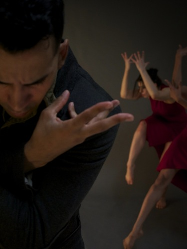 Miguel Perez and Melissa Bourkas of BODYTRAFFIC in Hofesh Schechter's Dust. Photo: Guzmán Rosado